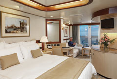 Queen Elizabeth Cruise Ship - Princess Grill Suite